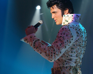 Ryan Pelton as Elvis at Muckleshoot Casino